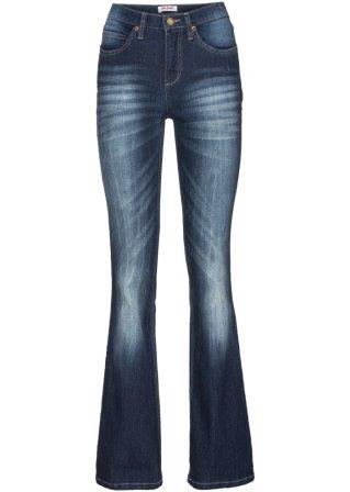 Model~Abbigliamento_a3896